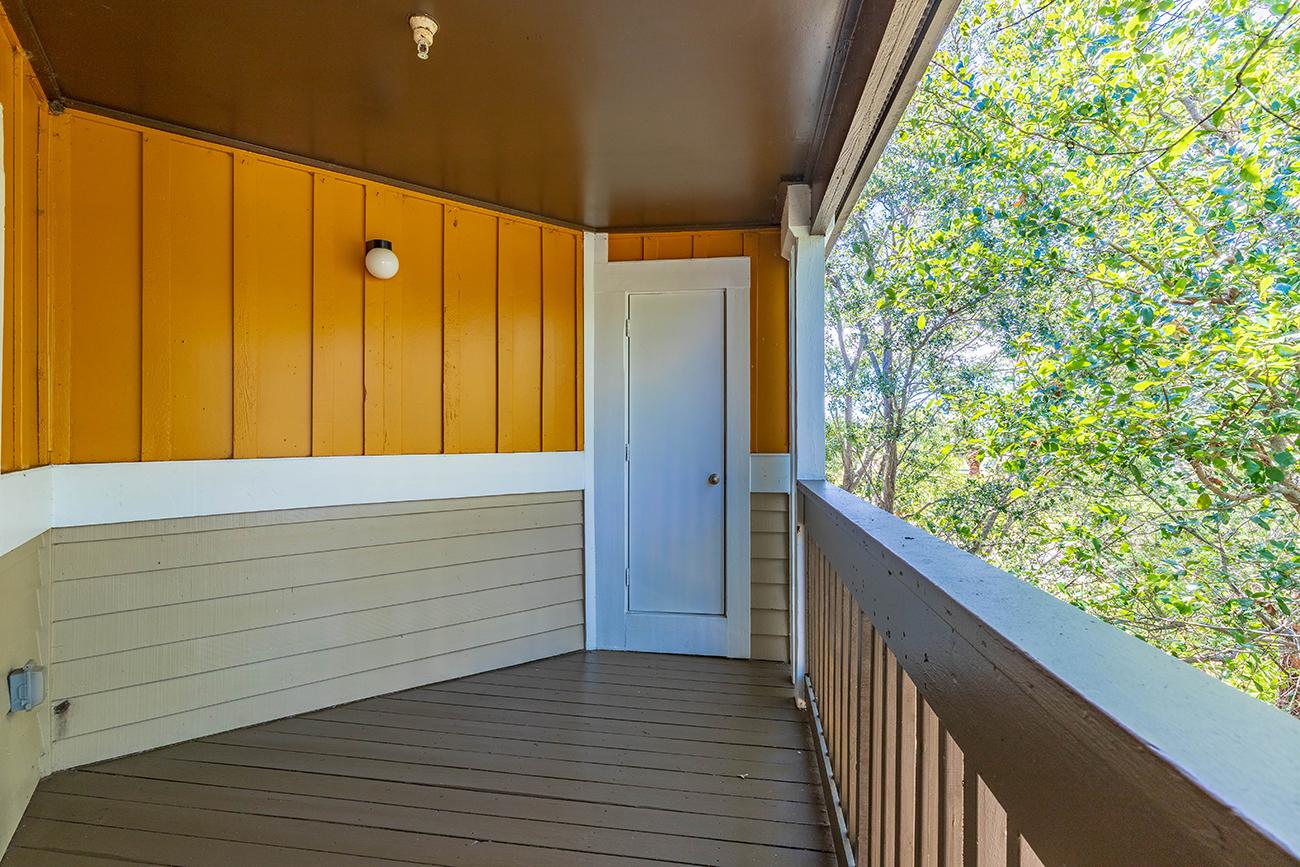 The Elm (2 Bedroom): 8 x 12' lanai (additional storage closet on all lanais)